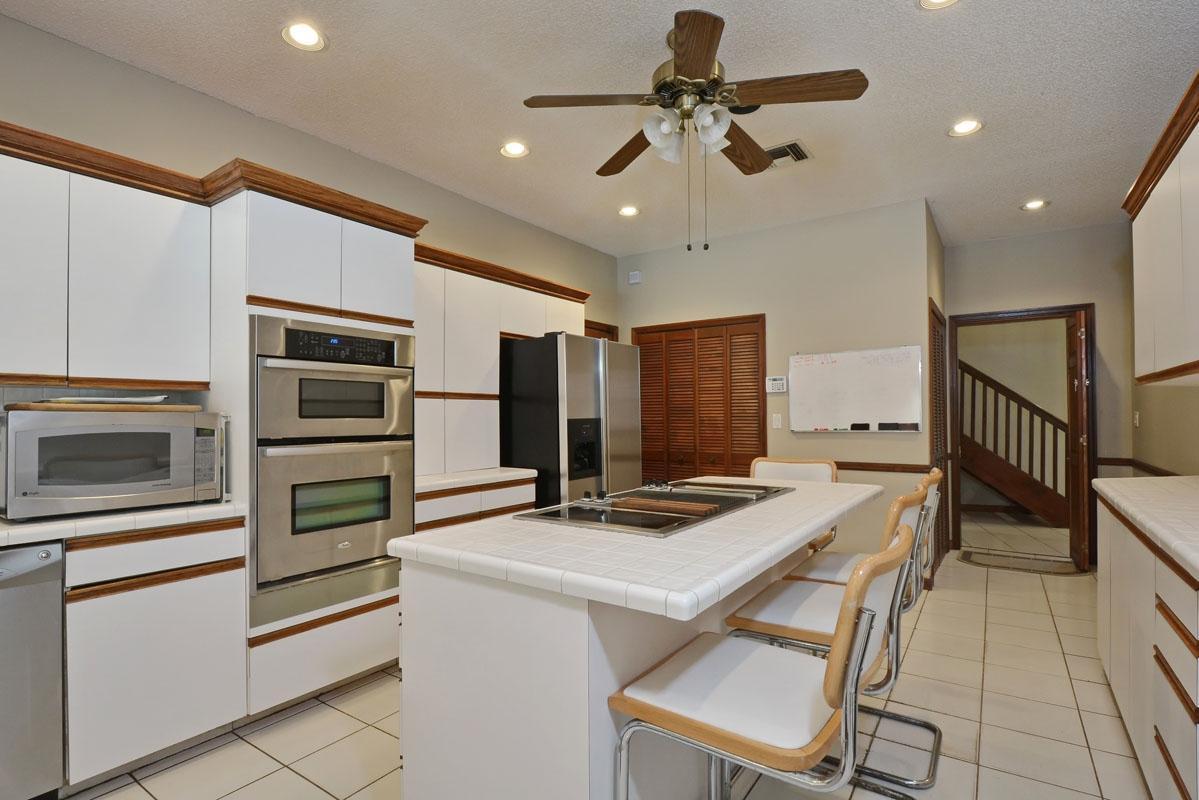 1221 Cocoanut Road Boca Raton, FL 33432 photo 12