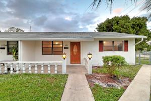 Property for sale at 101 SW 10Th Avenue, Boynton Beach,  FL 33435