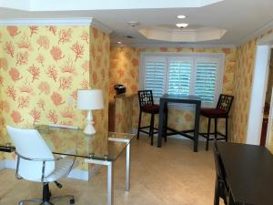 Additional photo for property listing at 251 Oleander Avenue 251 Oleander Avenue Palm Beach, Florida 33480 Vereinigte Staaten