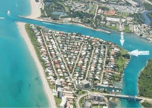 独户住宅 为 销售 在 Jupiter Inlet Beach Colony, 89 Lighthouse Drive 89 Lighthouse Drive Jupiter Inlet Colony, 佛罗里达州 33469 美国