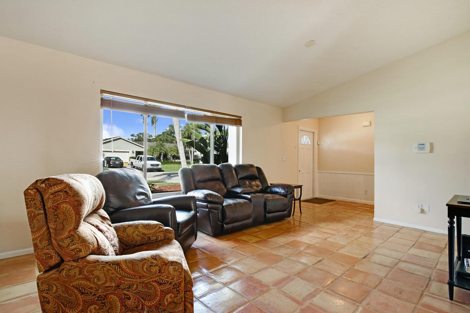 11672 Turnstone Drive Wellington, FL 33414 photo 4