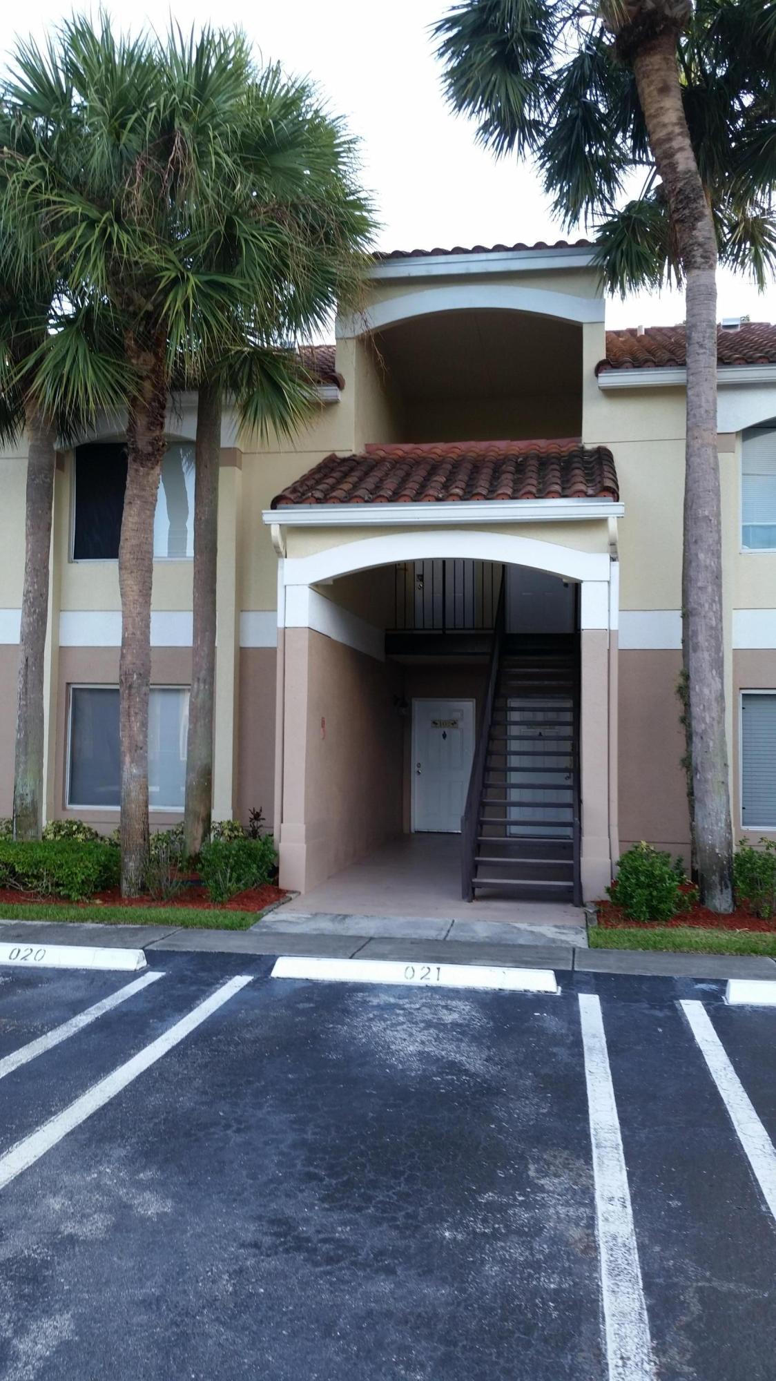 815 W Boynton Beach Boulevard 2-102 Boynton Beach, FL 33426