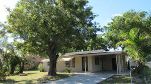 Property for sale at 5945 Morrison Avenue, Lake Worth,  FL 33463