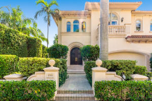 Townhouse for Sale at 250 Everglade Avenue 250 Everglade Avenue Palm Beach, Florida 33480 United States
