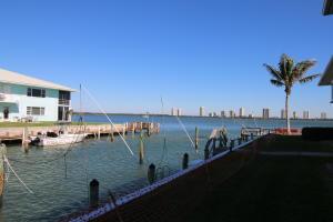 Marina Harbour Condo
