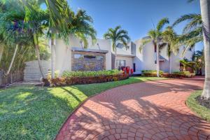Property for sale at 2850 NE 35 Street, Fort Lauderdale,  FL 33306