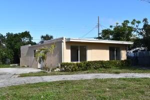 Property for sale at 251 Manchester Street, Boca Raton,  FL 33432
