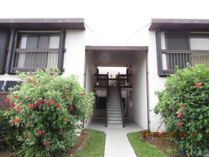 3212 Lakeview Hutchinson Island 34949