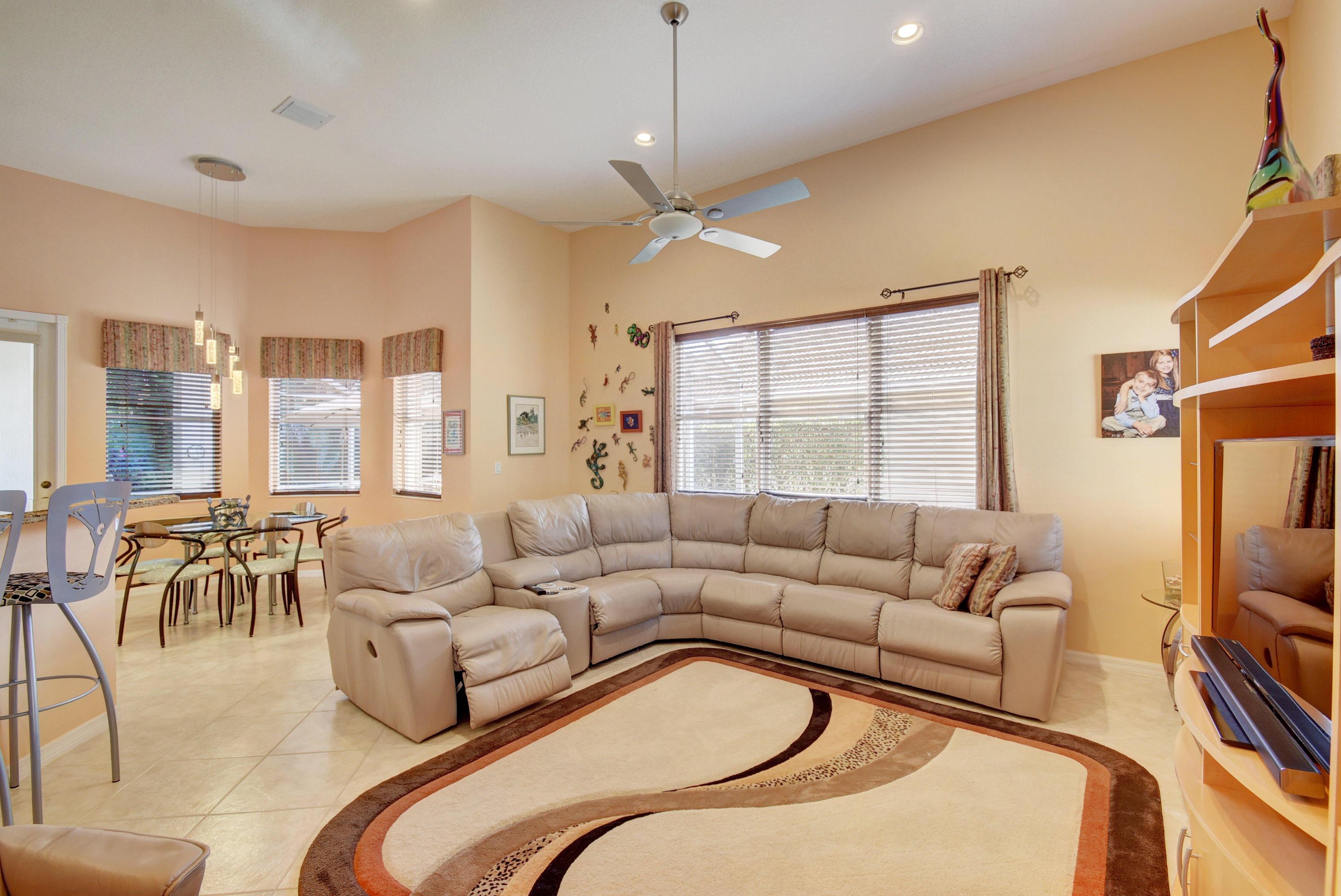 6585 Via Milani Lake Worth, FL 33467 photo 14