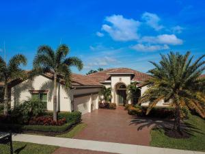 Casa para uma família para Venda às 9956 SW Nuova Way 9956 SW Nuova Way Port St. Lucie, Florida 34986 Estados Unidos