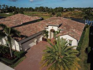 واحد منزل الأسرة للـ Sale في 9956 SW Nuova Way 9956 SW Nuova Way Port St. Lucie, Florida 34986 United States