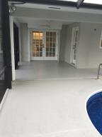Additional photo for property listing at 418 NE Oleander Avenue 418 NE Oleander Avenue Port St. Lucie, Florida 34952 United States