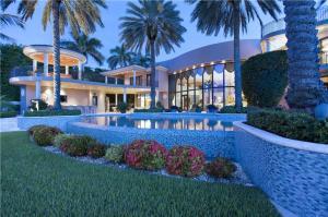 Villa per Vendita alle ore 750 Lake Drive Boca Raton, Florida 33432 Stati Uniti