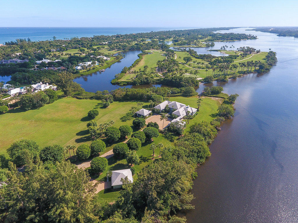 New Home for sale at 14 Bassett Creek Trail in Hobe Sound