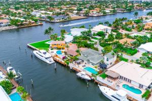 Property for sale at 39 Castle Harbor Island, Fort Lauderdale,  FL 33308