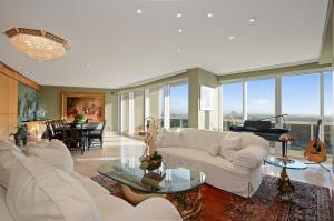 Majestic Tower - Bal Harbour - RX-10397182