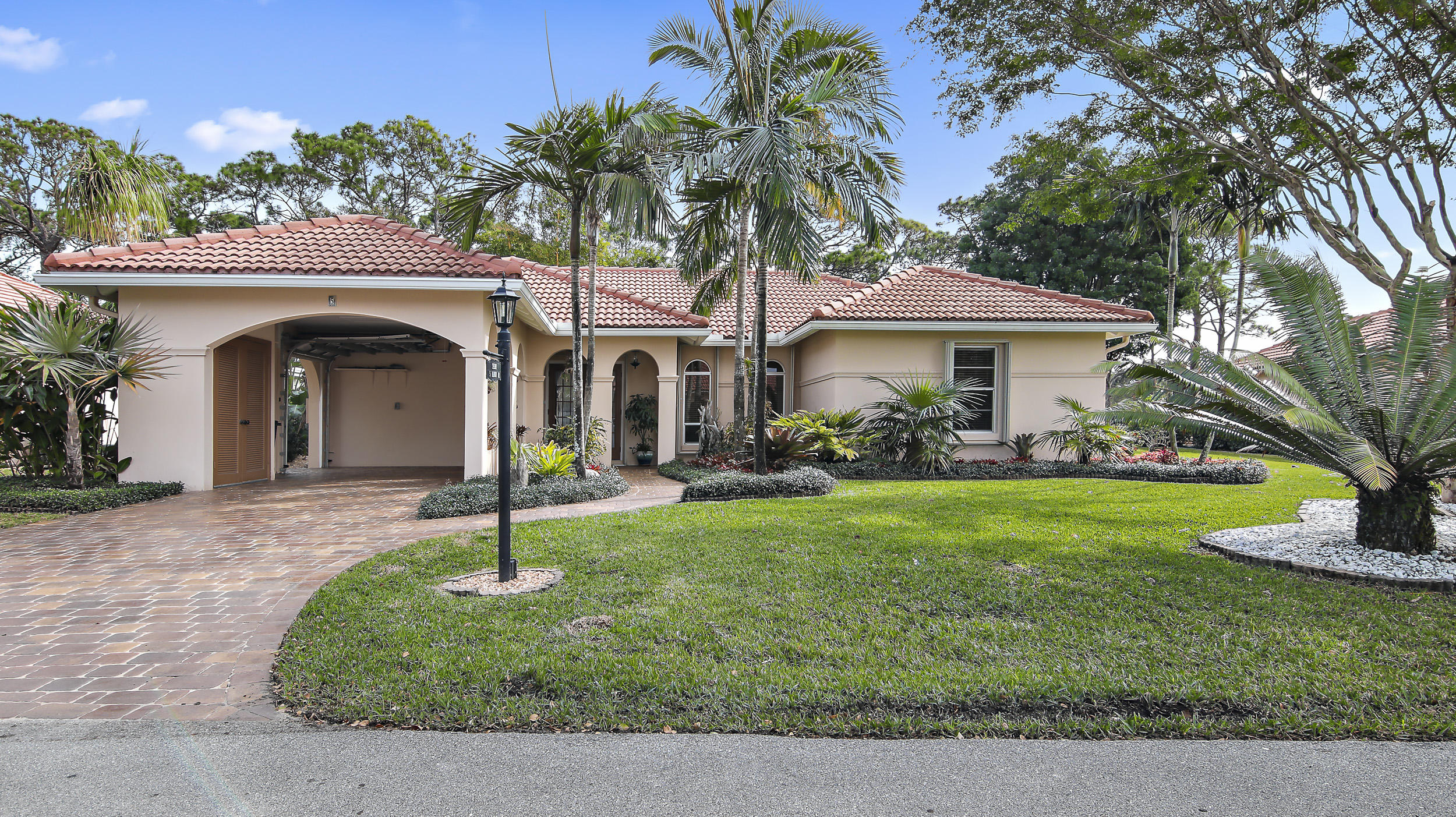 5 Fairway Drive Boynton Beach, FL 33436