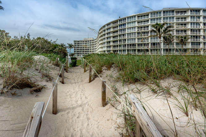 Home for sale in AMBASSADOR SOUTH DEV CORP 2774 South Ocean Palm Beach Florida