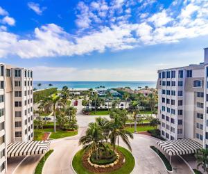 Delray Beach Club Apts Condo