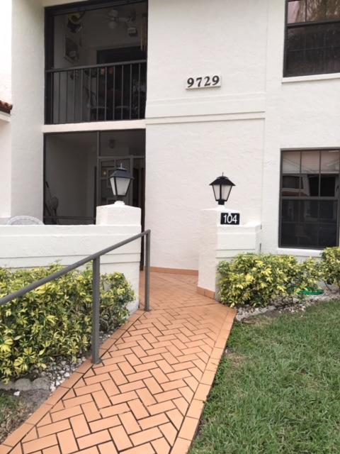 9729 Sills Drive 104 Boynton Beach, FL 33437