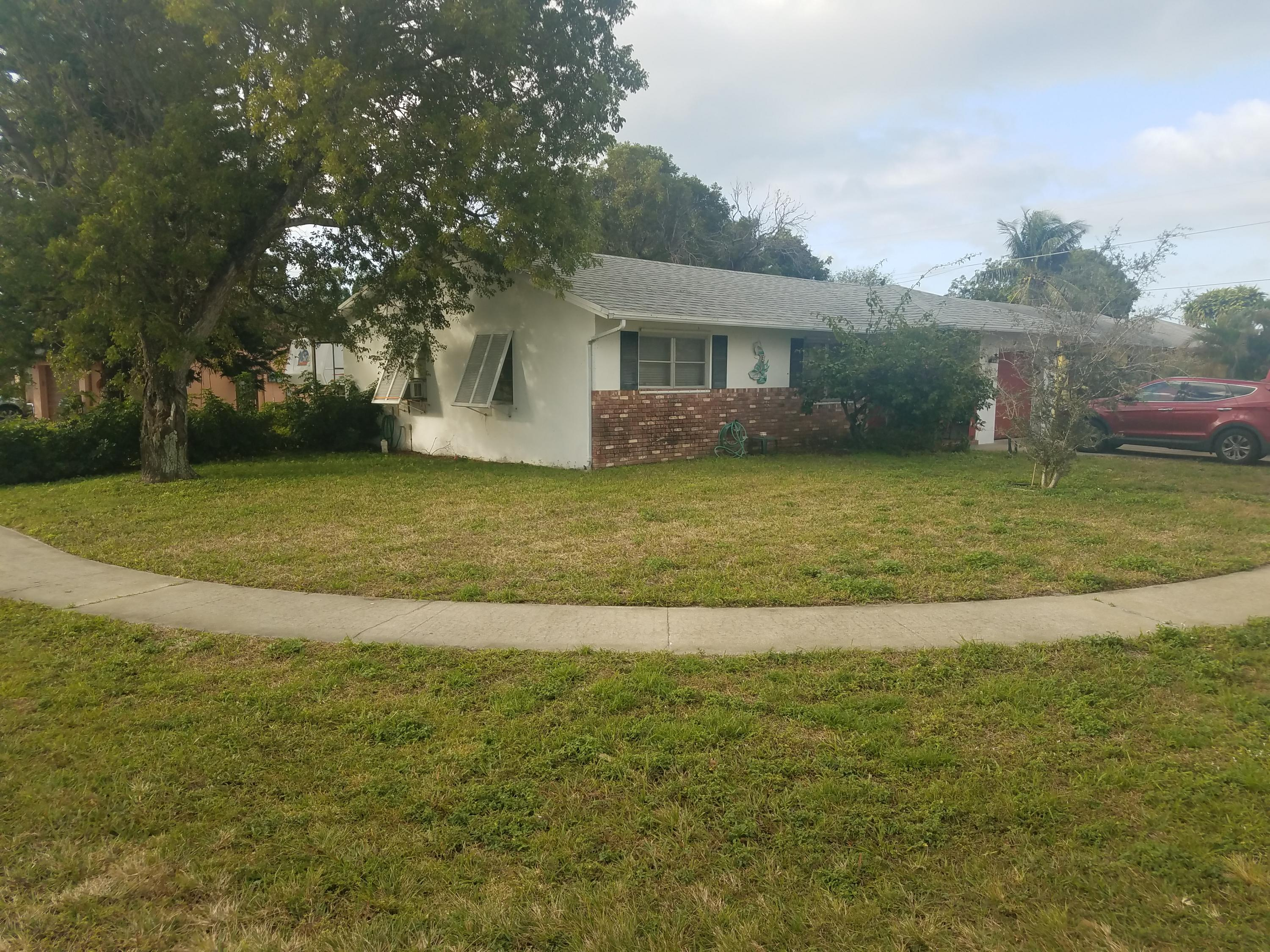 808 NW 8th Avenue Boynton Beach, FL 33426