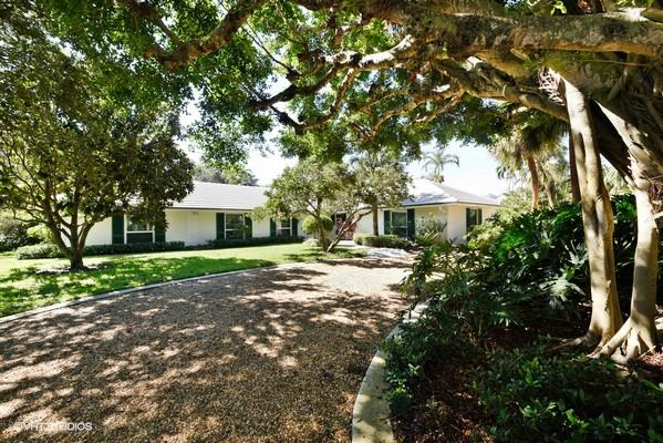 876 Village Road North Palm Beach,Florida 33408,4 Bedrooms Bedrooms,4.1 BathroomsBathrooms,A,Village,RX-10398941