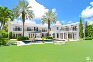 Land for Sale at 534 Island Drive 534 Island Drive Palm Beach, Florida 33480 United States