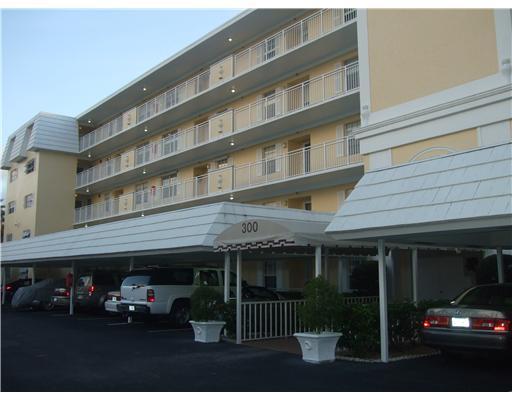Home for sale in ATLANTIS SHERBROOKE VILLAS SOUTH CONDO Atlantis Florida