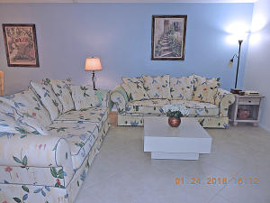 Cresthaven Townhomes Sec 4 Condo