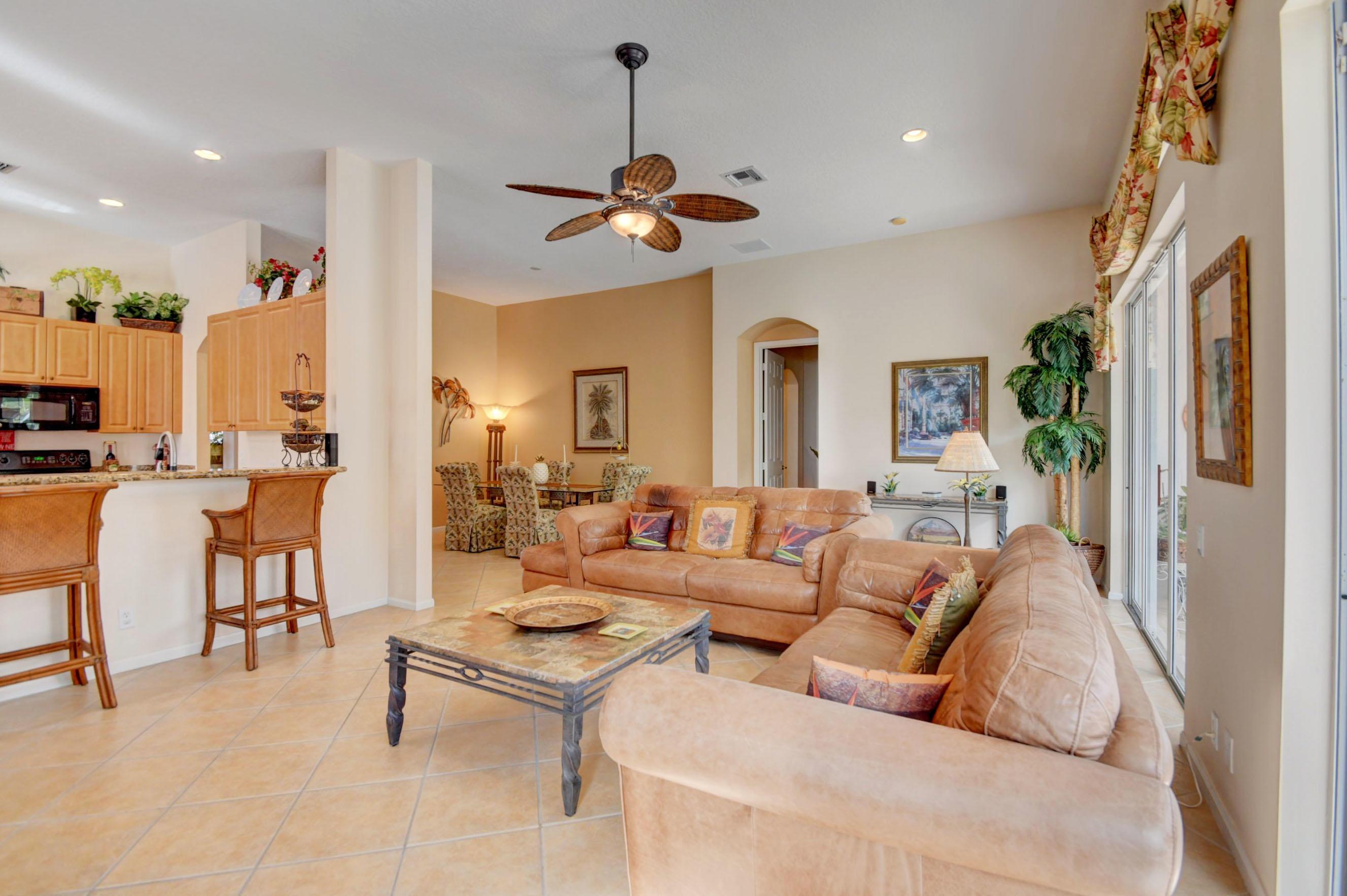 9246 Vercelli Street Lake Worth, FL 33467 photo 8