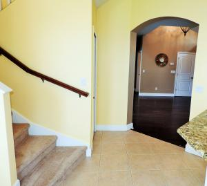Additional photo for property listing at 817 SW Saint Julien Court 817 SW Saint Julien Court Port St. Lucie, Florida 34986 United States