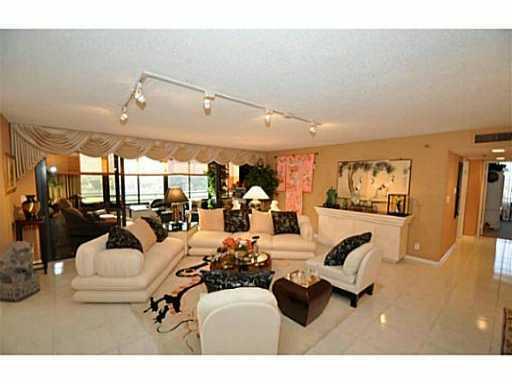 16032 Lomond Hills Trail Delray Beach, FL 33446 RX-10401396