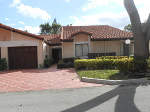 Property for sale at 6168 Kings Gate Circle, Delray Beach,  FL 33484