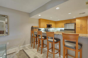 Additional photo for property listing at 512 Oak Harbour 512 Oak Harbour 朱诺海滩, 佛罗里达州 33408 美国