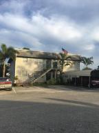 多戶家庭房屋 為 出售 在 317 SE 3rd Street Belle Glade, 佛羅里達州 33430 美國