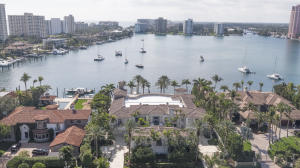 Single Family Home for Sale at 750 Lake Drive Boca Raton, Florida 33432 United States