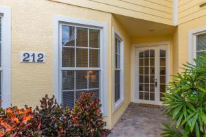 2340 WATER OAK COURT #212, VERO BEACH, FL 32962  Photo 5