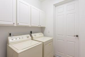 2340 WATER OAK COURT #212, VERO BEACH, FL 32962  Photo 19