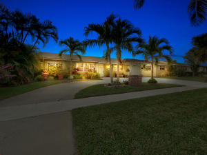 Palm Beach Cabana Colony East