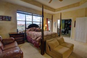 199 BELLA VISTA WAY, ROYAL PALM BEACH, FL 33411  Photo