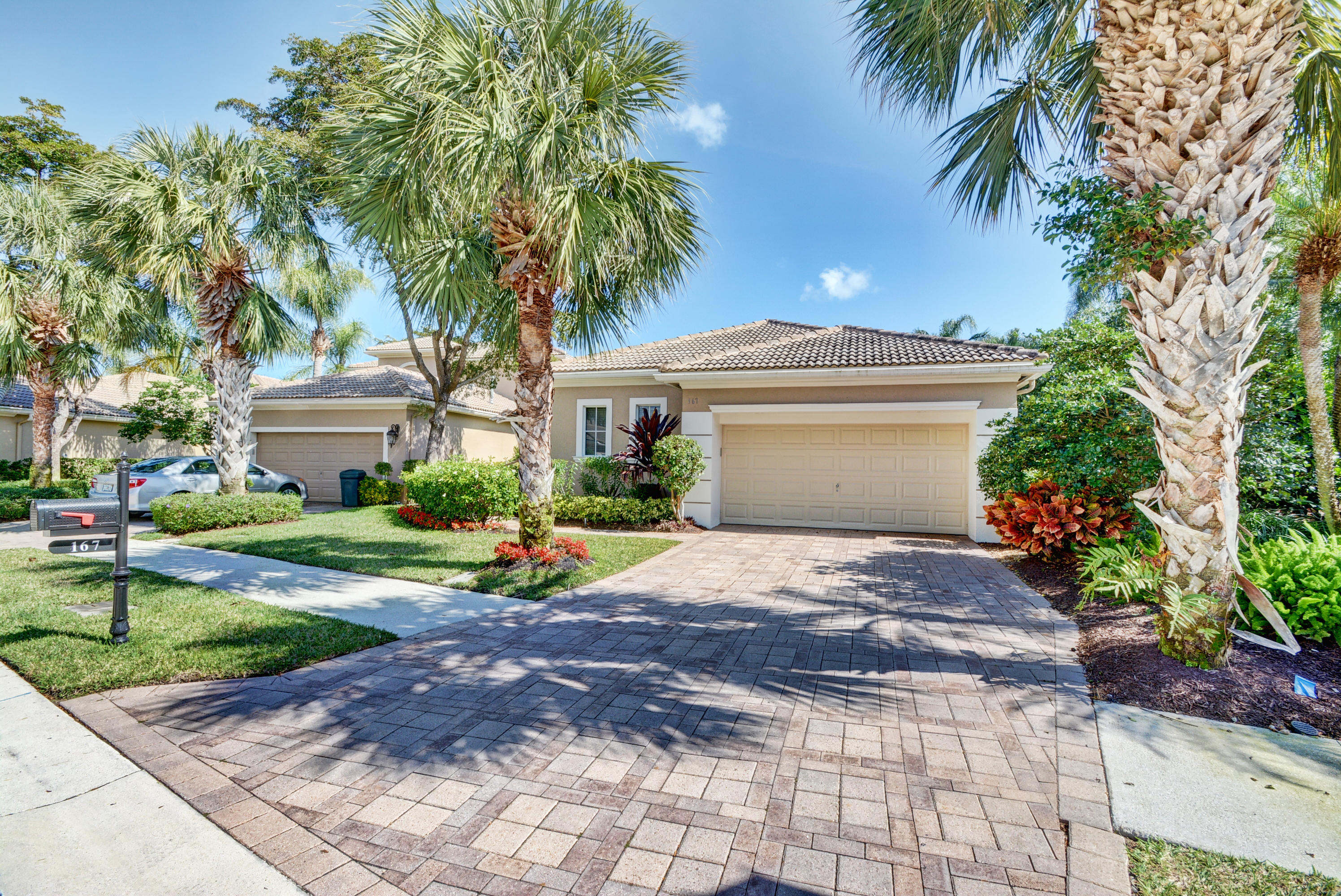 167 Orchid Cay Drive Palm Beach Gardens, FL 33418 small photo 2