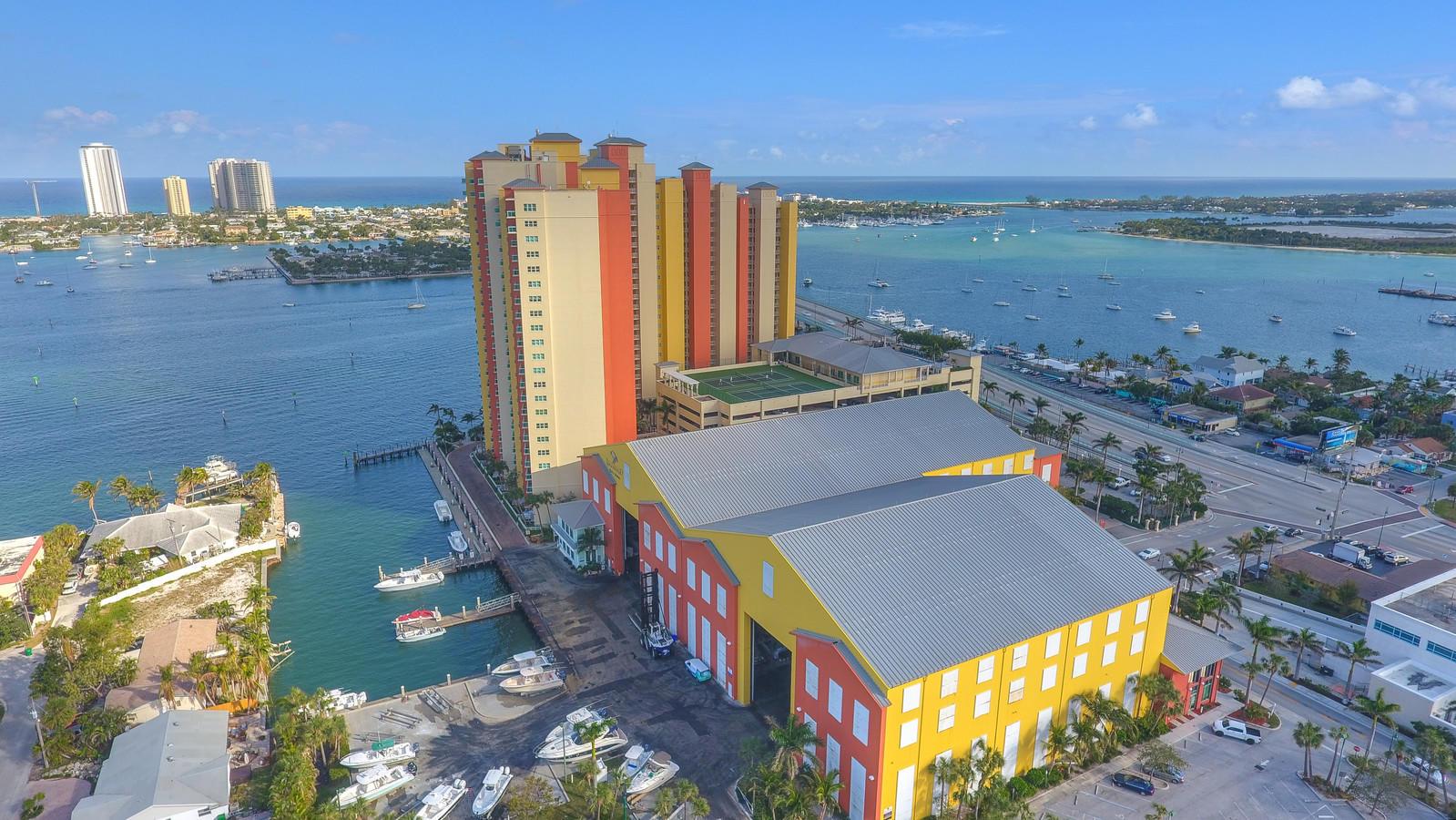 2640 Lake Shore Drive 1408, Riviera Beach, Florida 33404, 3 Bedrooms Bedrooms, ,3 BathroomsBathrooms,A,Condominium,Lake Shore,RX-10401348
