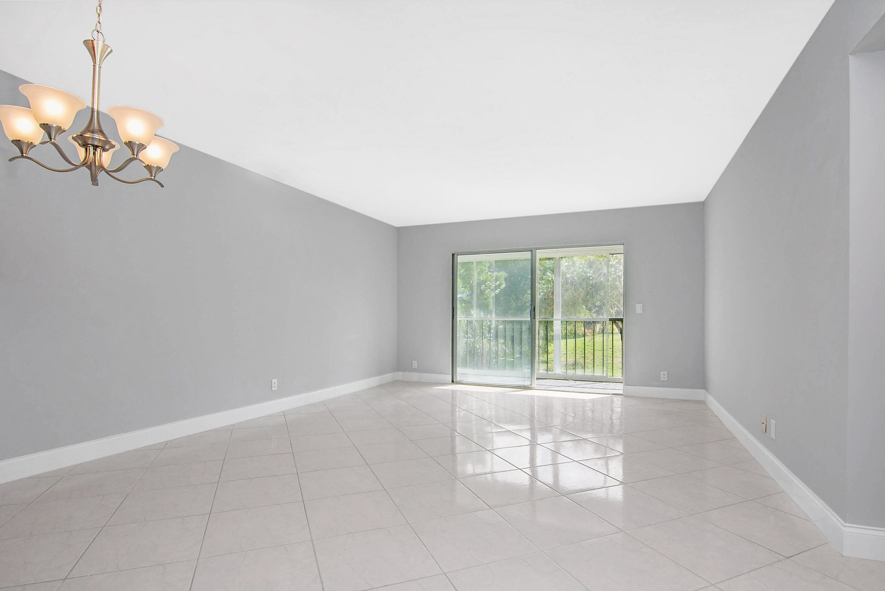 14376 Amberly Lane 208 Delray Beach, FL 33446 photo 9