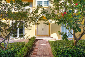 Property for sale at 330 NE 69th Circle, Boca Raton,  Florida 33487