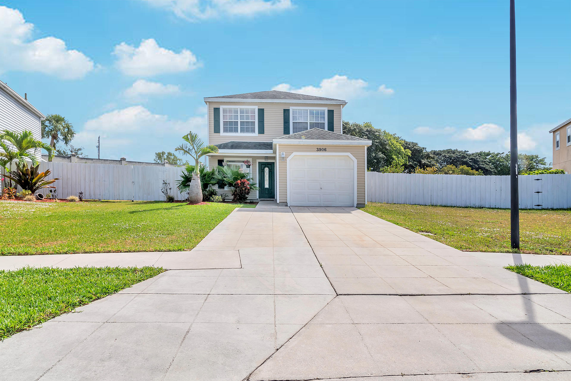 3906 Circle Lake Drive West Palm Beach, FL 33417 photo 1