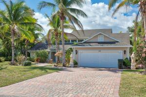 Maison unifamiliale pour l Vente à 1440 Lake Drive 1440 Lake Drive Delray Beach, Florida 33444 États-Unis