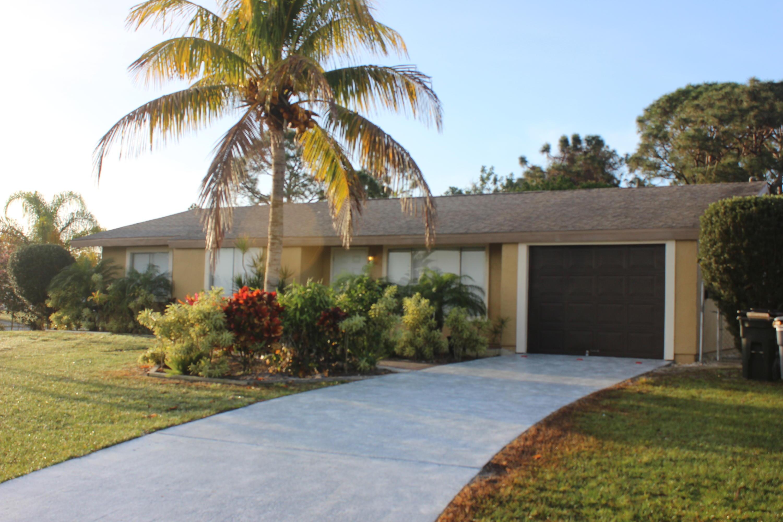 2127 SE Shelter Drive Port Saint Lucie, FL 34952 RX-10406677