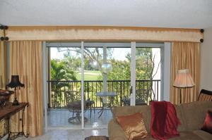 Fountains Of Palm Beach Condo 3