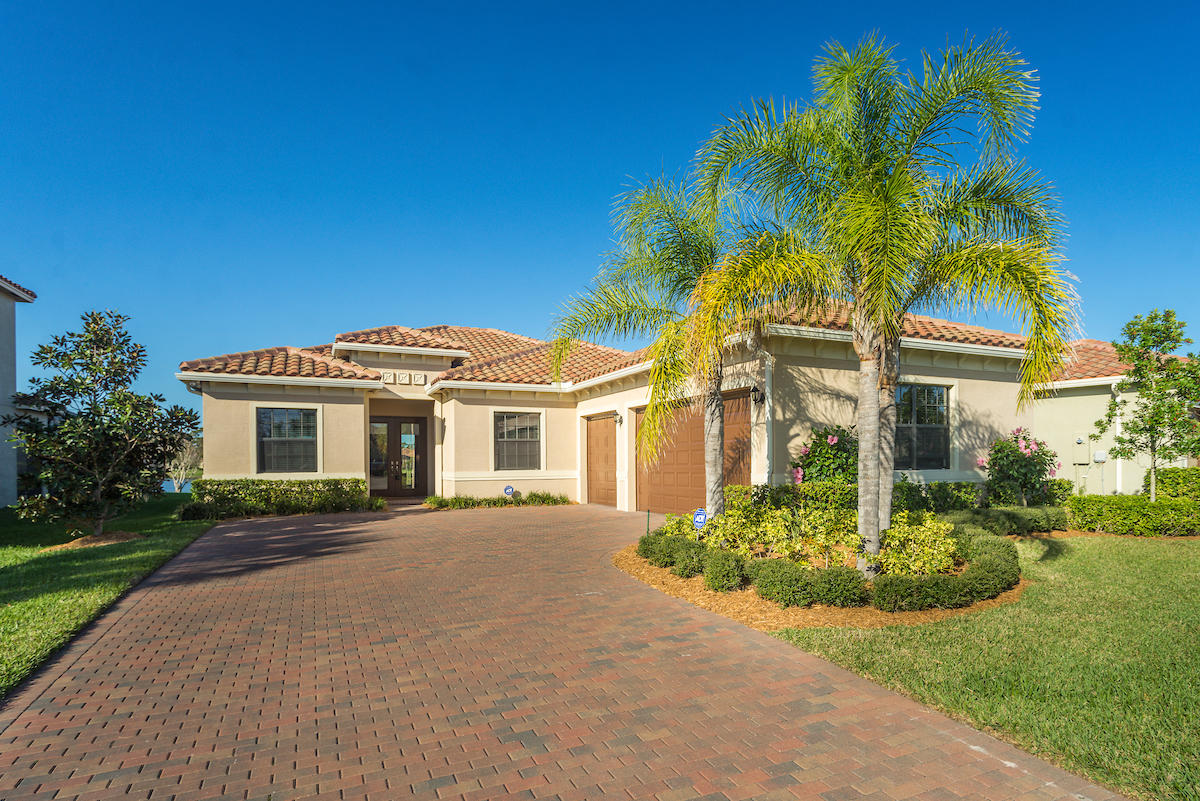 4980 55th Vero Beach 32967