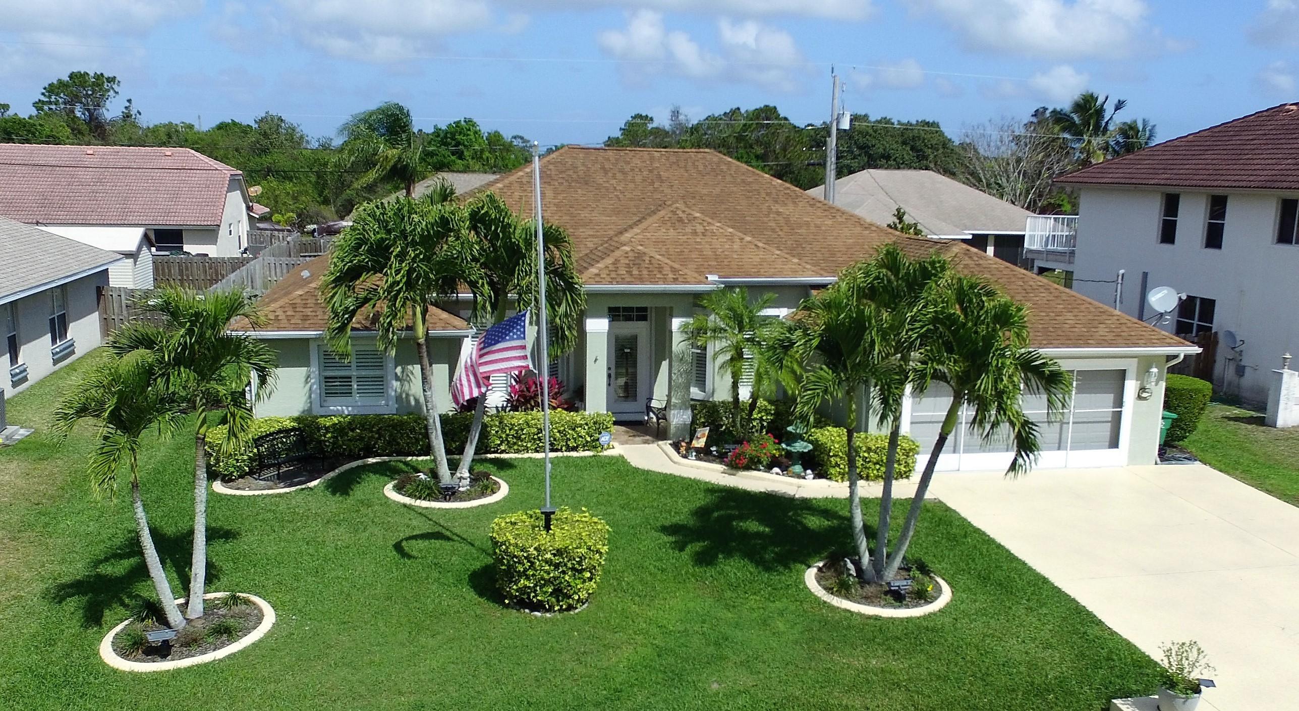 533 College Park Port Saint Lucie 34953